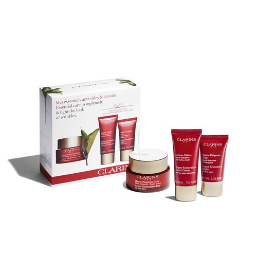 Essential care to replenish & fight the look of wrinkles.