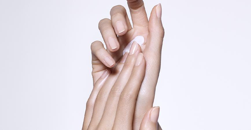 a hand moisturizing