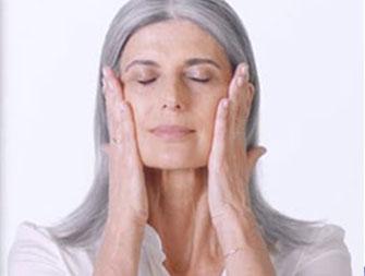Nutri-Lumière: How to apply night cream